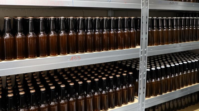 La bière patiente en bouteilles plusieurs semaines avant de pouvoir être déguster. Photo LC-M'Essonne