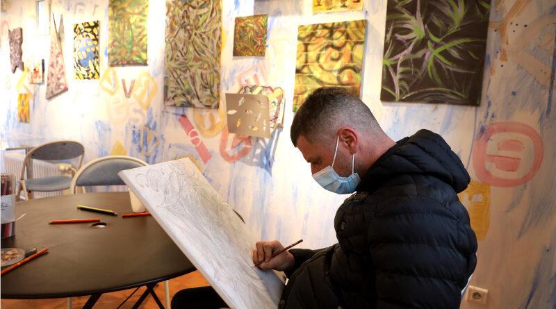 Marc Vicente au Café Curieux à Morsang-sur-Orge. Photo LC-M'Essonne