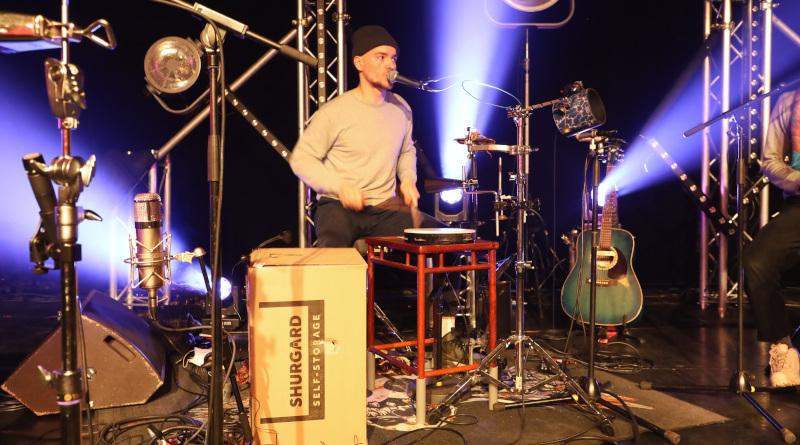 Pour ce concert acoustique inédit, caisse en carton et tambourin seront de la partie. Photo LC-M'Essonne