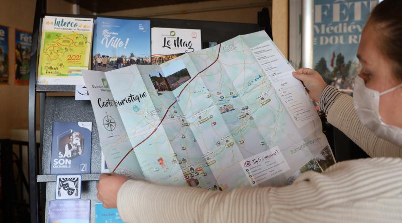 Nouvelle carte touristique à Dourdan.